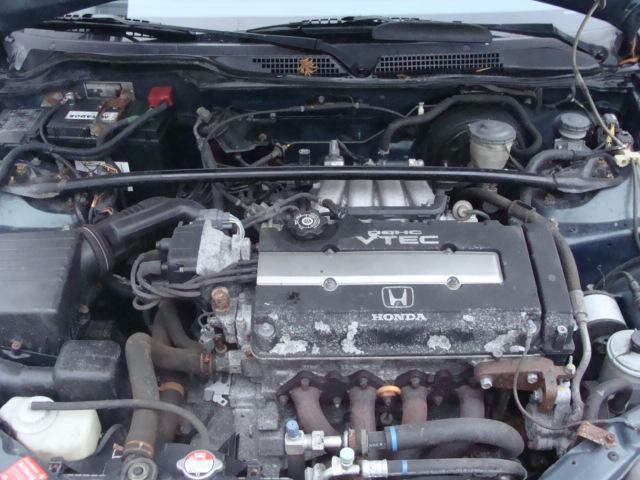 Przeglądasz: Honda Civic Vti 1998 r zielona