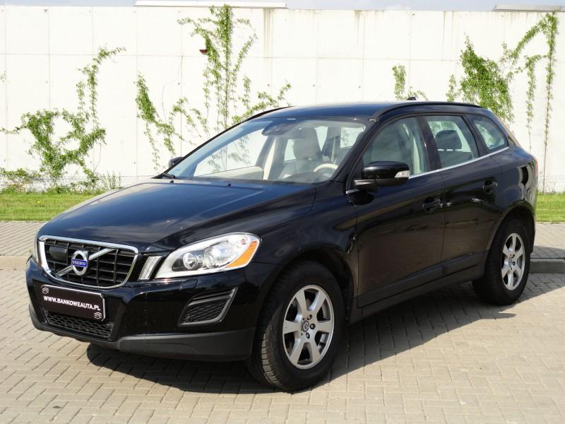 Przeglądasz: Volvo XC60 T6 2012 r. VAT 23%