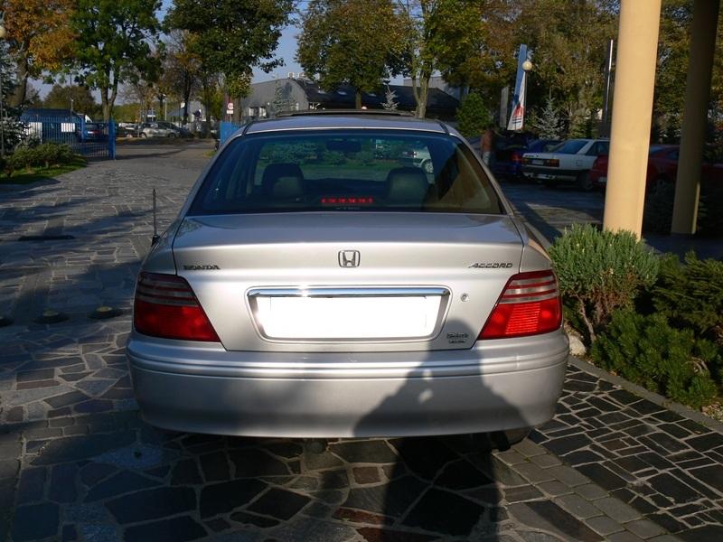 Przeglądasz: Honda Accord 2.0 Vtec  2000 r.