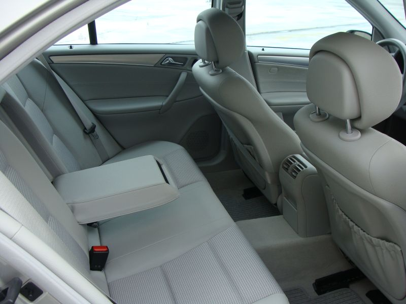 Przeglądasz: Mercedes C klasa 1.8 KOMPRESSOR 2006 r.