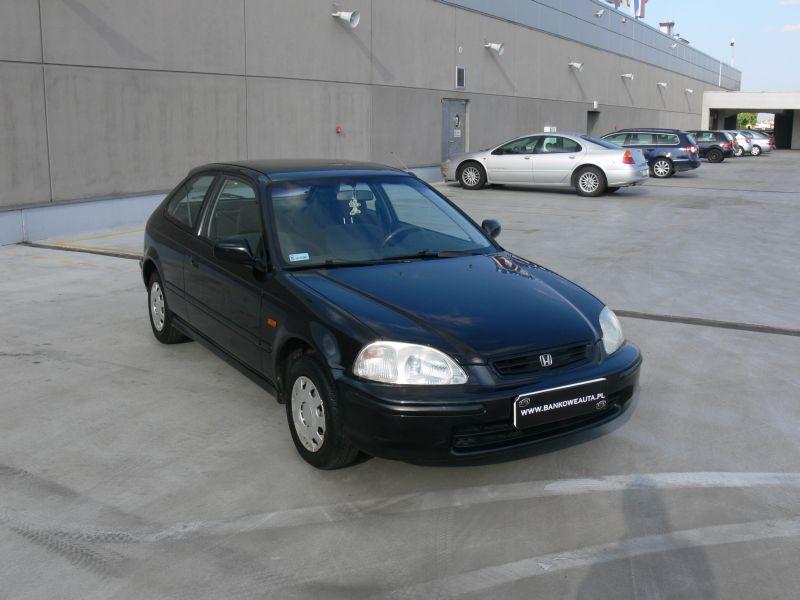 Przeglądasz: Honda Civic 1.4 16V 1996 r. czarna