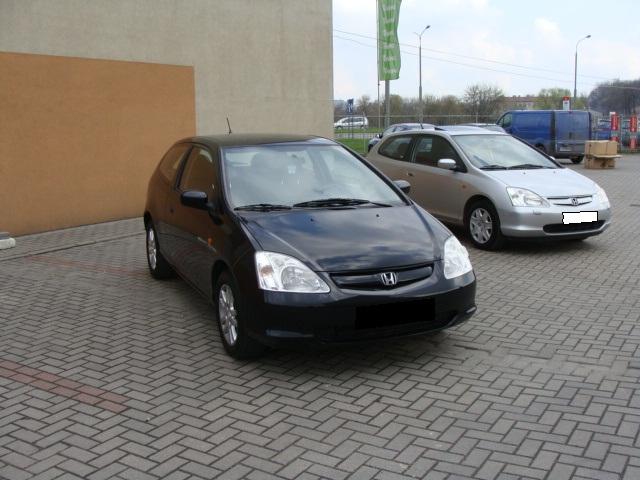 Przeglądasz: Honda Civic Vtec  2002 r. czarna z