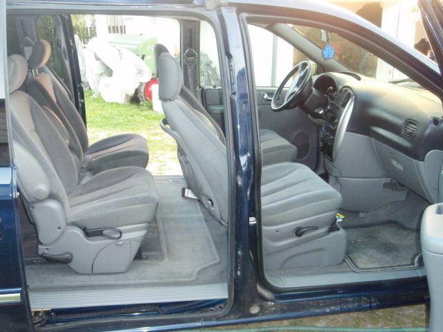 Przeglądasz: Dodge Grand Caravan 2005 r.