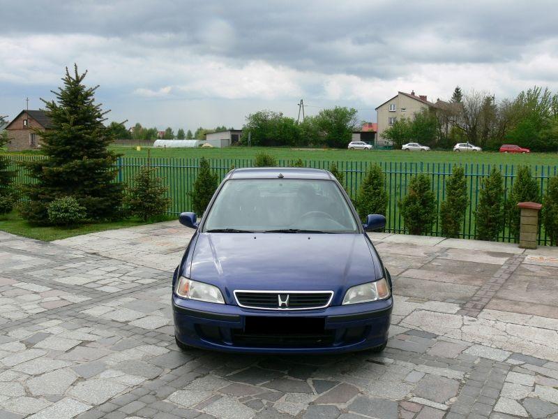 Przeglądasz: Honda Civic Vtec 2000 r. granatowa 2