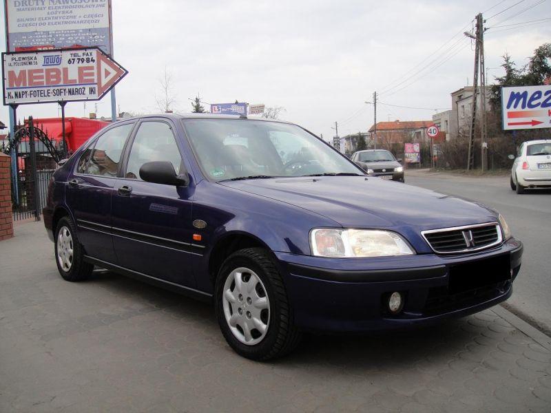 Przeglądasz: Honda Civic Vtec  2000 r. granatowa