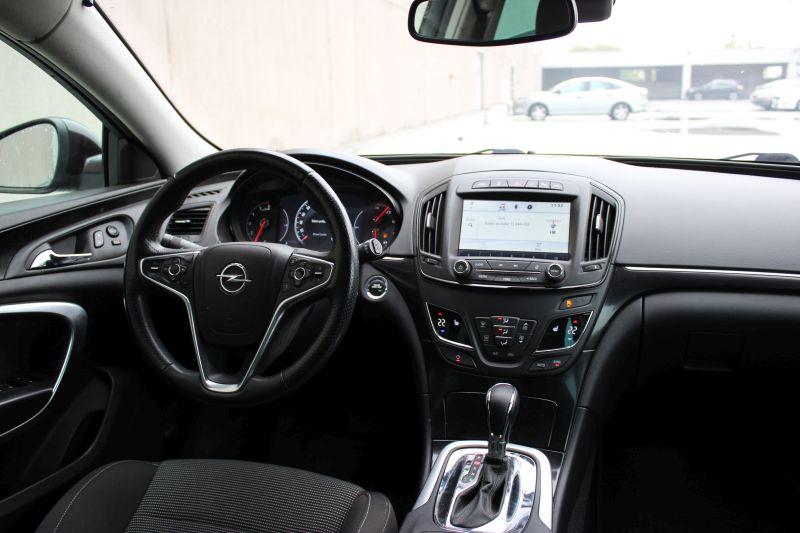 Przeglądasz: Opel Insignia CDTi 4x4 Executive 2014 r. 23% VAT