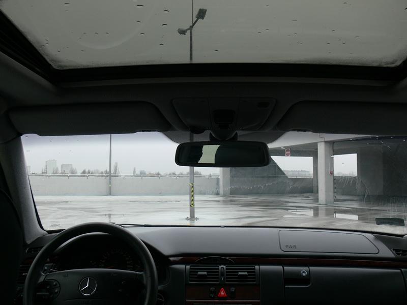 Przeglądasz: Mercedes E 220 Diesel 2000 r.