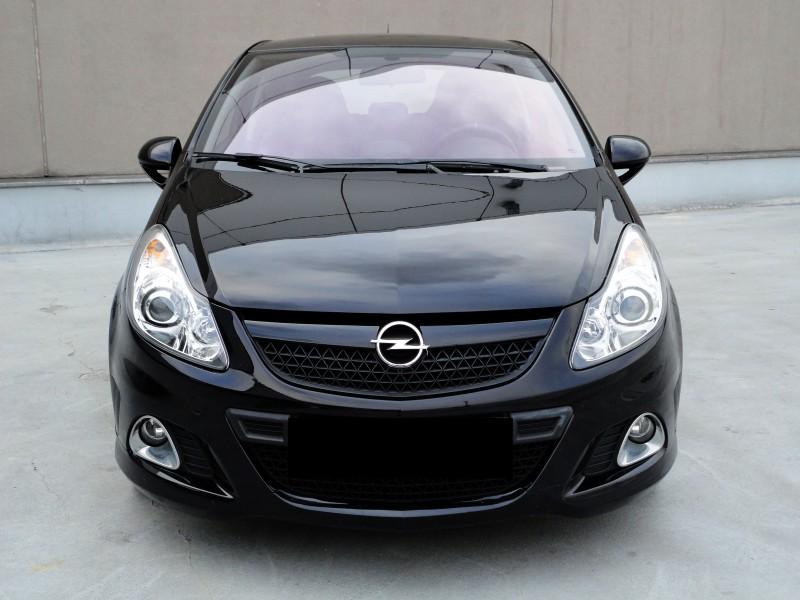 Przeglądasz: Opel Corsa 1.6T 192KM OPC 2008 r.