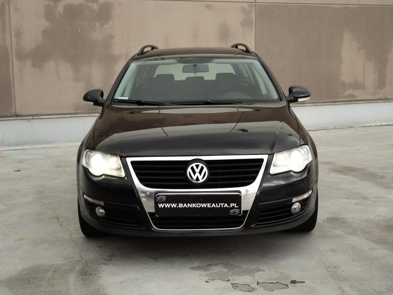 Przeglądasz: VW Passat 2.0TDI COMFORTLINE 2010 r. VAT 23%