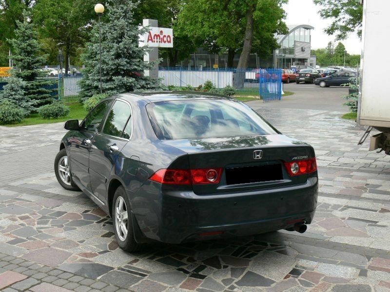 Przeglądasz: Honda Accord 2.0 Vtec 2003 r.