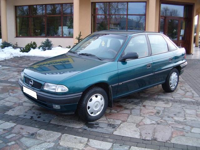 Przeglądasz: Opel Astra 1,7 D 1995 r.