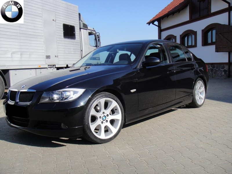 Przeglądasz: BMW E90 320d 2005 r.