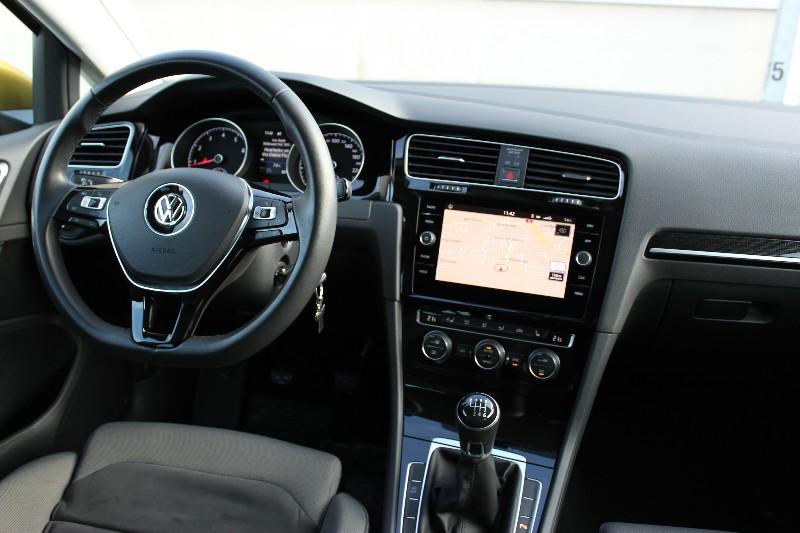 Przeglądasz: VW Golf VII 1.4 Highline 2017 r.